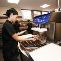 Új manufaktúrájában mutatta be a chocoMe a karácsonyi csokoládékollekcióját