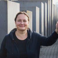 Yoko Onótól a törzsi kunyhóig – történetek a Ludwig Múzeum hőskorából