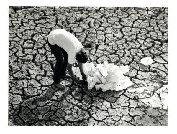 laszlo_kerekes_landscape_intervention_1972_bw_photograph_marinko_sudac_collection_1_600.jpg
