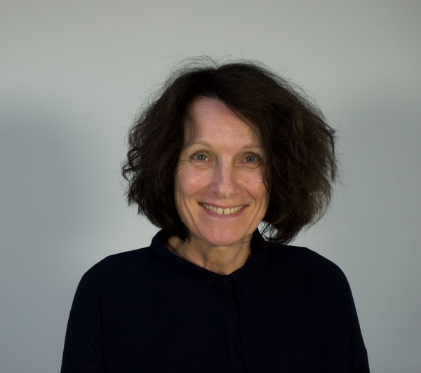 A föld felett lebegve – Interjú Sylvie Blocher képzőművésszel