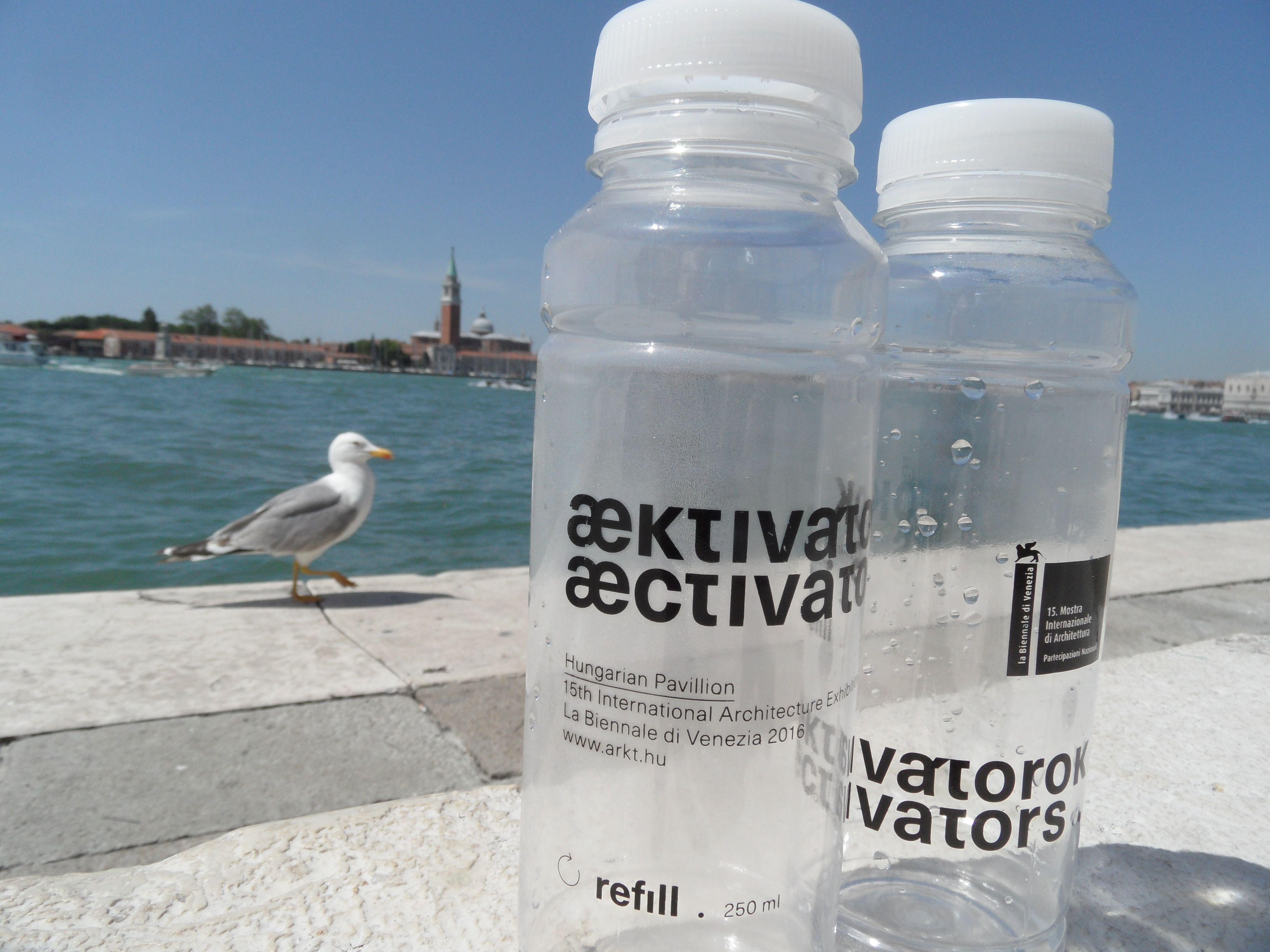 Tíz köbméter ajándékvíz Velencének