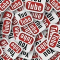 Cenzúrát kiáltanak a YouTube-vloggerek