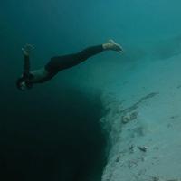 Bázisugrás a víz alatt