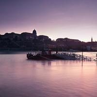 Fotózz megáradt Dunát éjszaka