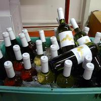 Borkolesz - 2012. tavaszi félév - Anonym pince, avagy Áron - a Család - és a borok elválaszthatatlan hármasa
