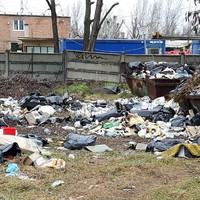 Illegális hulladéklerakó a Duna-parton