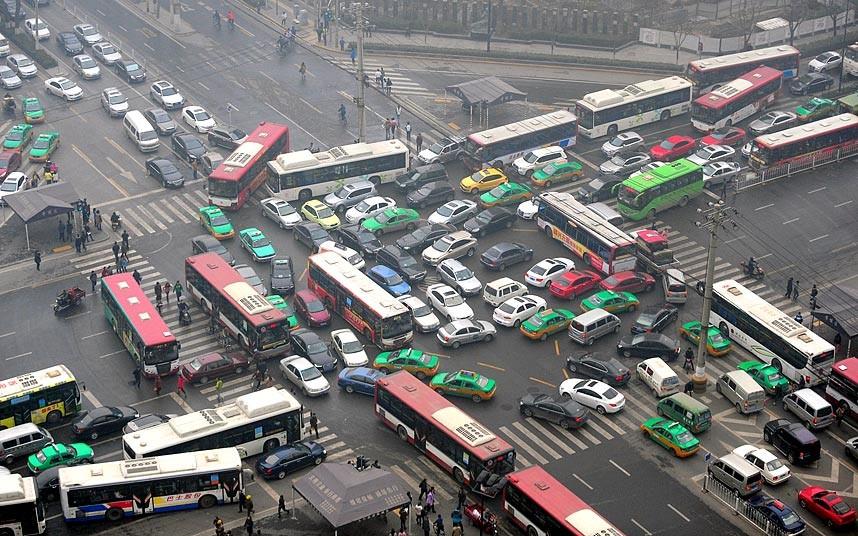 smog-traffic-jam_2834608k.jpg