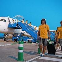 Puyol bandukol a repülőtéren
