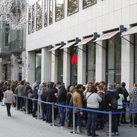 Tömegek rohanták meg a H&M-et