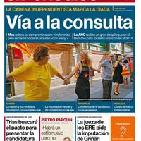 Katalán összekapaszkodás a címlapon