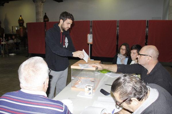 Fabregas-ha-votado.jpg