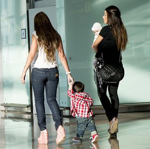 familia-en-el-aeropuerto-01.jpg