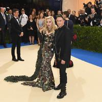 Katona Barbie, avagy Madonna a Met-gálán