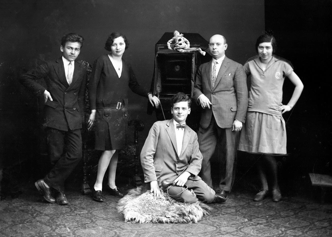 kis_pal_es_munkatarsai_1930.jpg