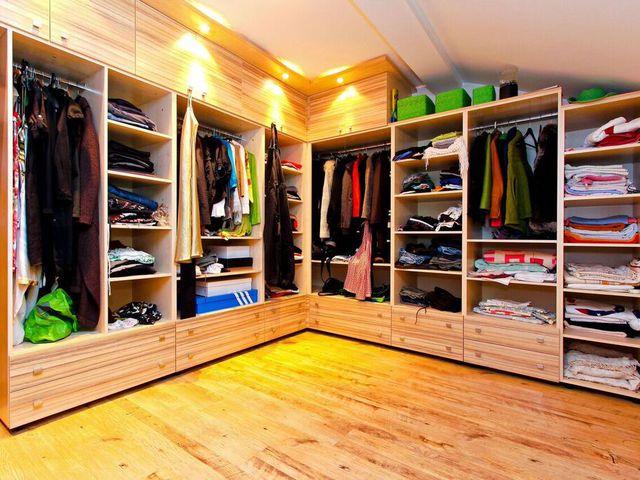 Maximális helykihasználás beépített szekrényekkel
