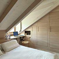 Egyedi bútorokkal használhatod ki a tetőtéri szobát