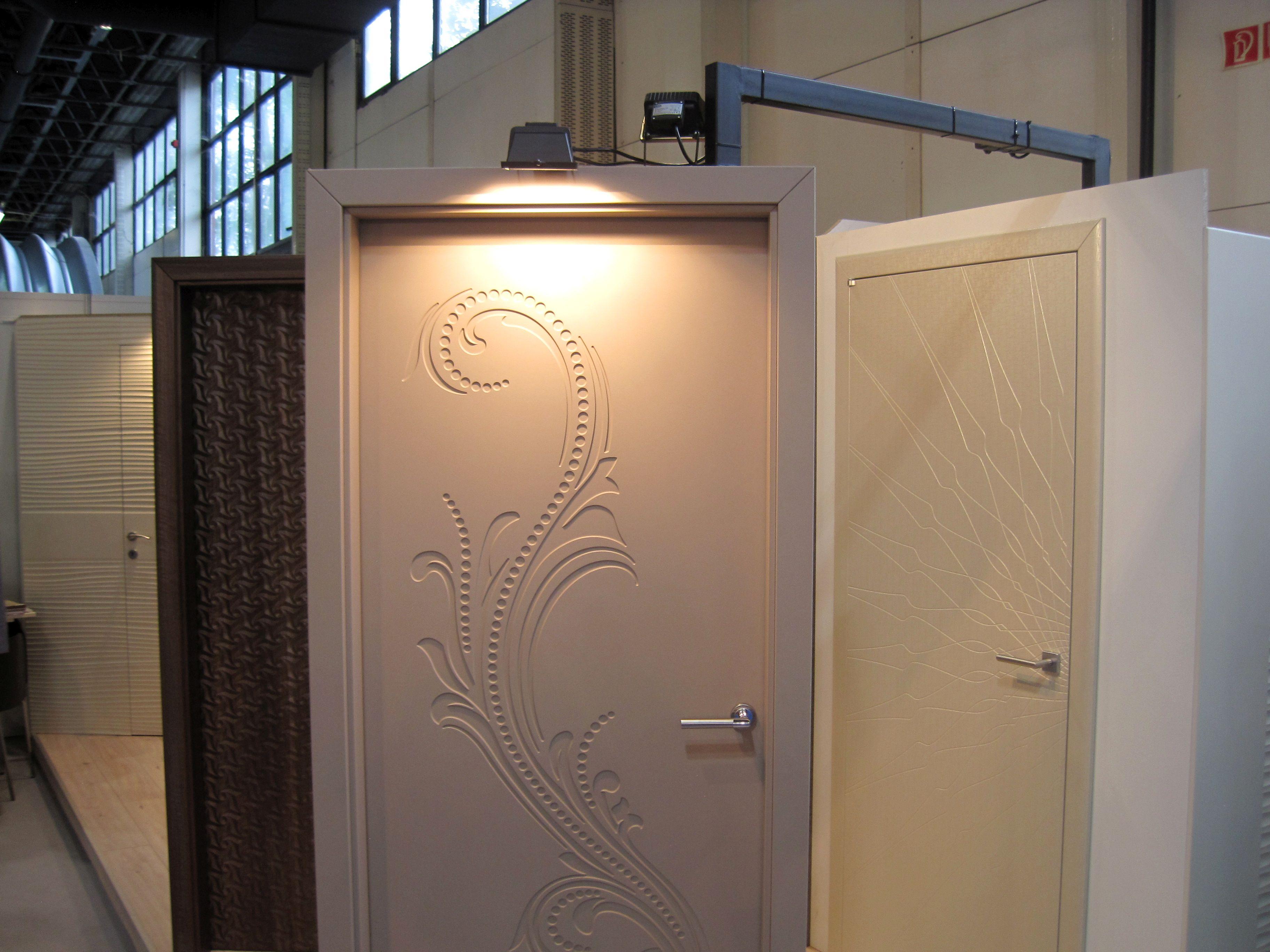 Modern ajtók bemarásokkal