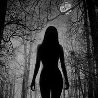 Ellenbeavatási motívumok két horrorfilmben