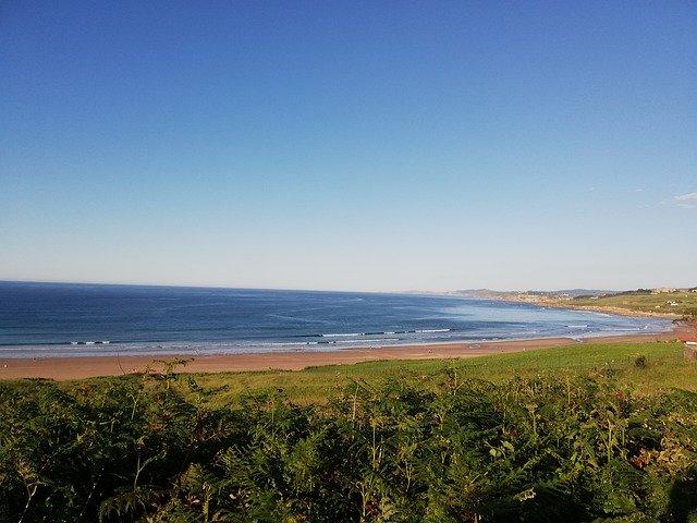 beach-4518642_640.jpg