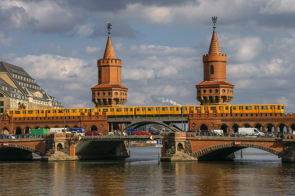 berlin-3228404_960_720.jpg