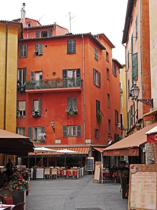 old-town-1481551_960_720.jpg