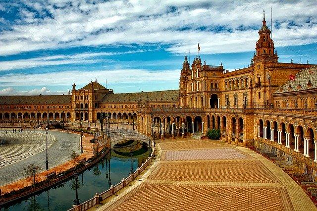 plaza-espana-1751442_640.jpg