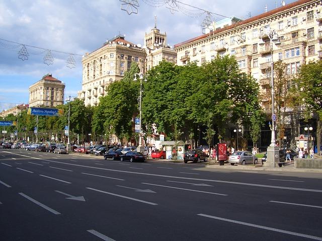 street-99770_640.jpg
