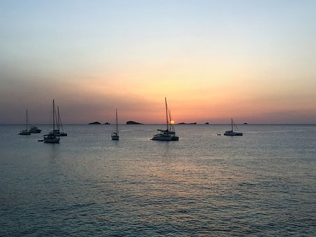 sunset-2679885_340.jpg