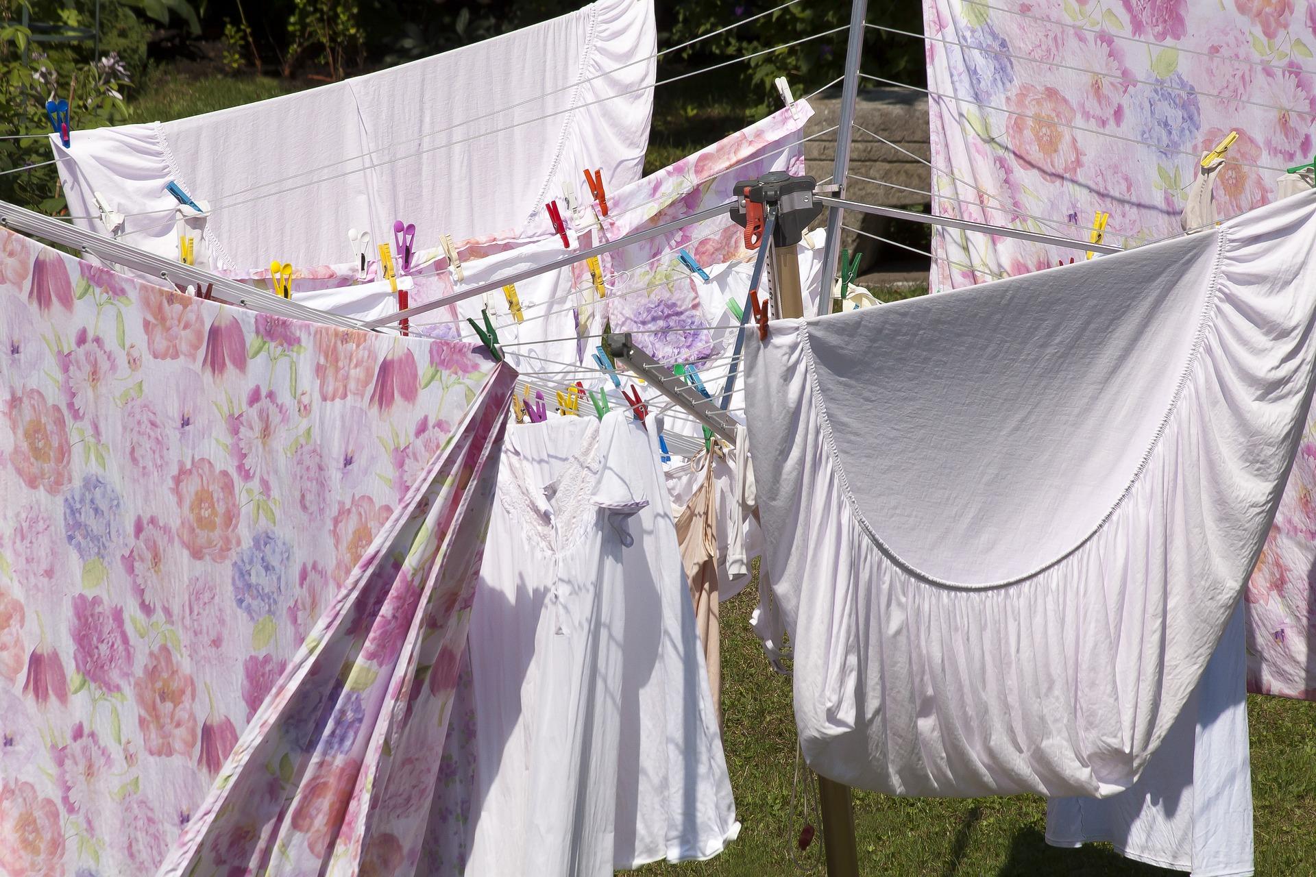 laundry-3559528_1920.jpg