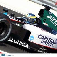 Együtt pisilt Michael Schumacherrel, legyőzte Barichellót