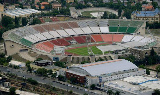 207-Budapesten-a-Puskas-Ferenc-Stadion1.jpg