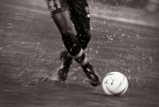 soccer-foot-615.jpg
