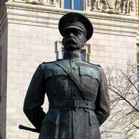 Aki ostorral védte a Nemzeti Múzeumot