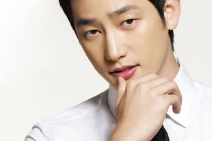 Park Si Hoo interjú (videó)