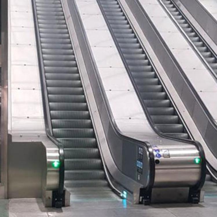 M3-as metró: egyedi megoldással kapnak liftet a belvárosi állomások