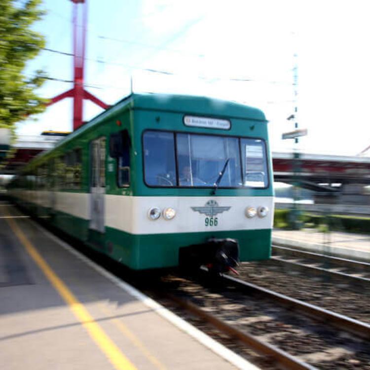 Az elővárosi vasutak egy pályán érik majd el a HÉV-vel a Kálvin teret