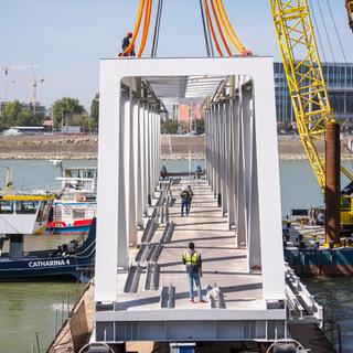Daruk nélküli bravúros megoldás kell a Déli vasúti Duna-híd beemeléséhez