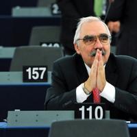 Bokros: a foci miatt nem versenyképes Európa