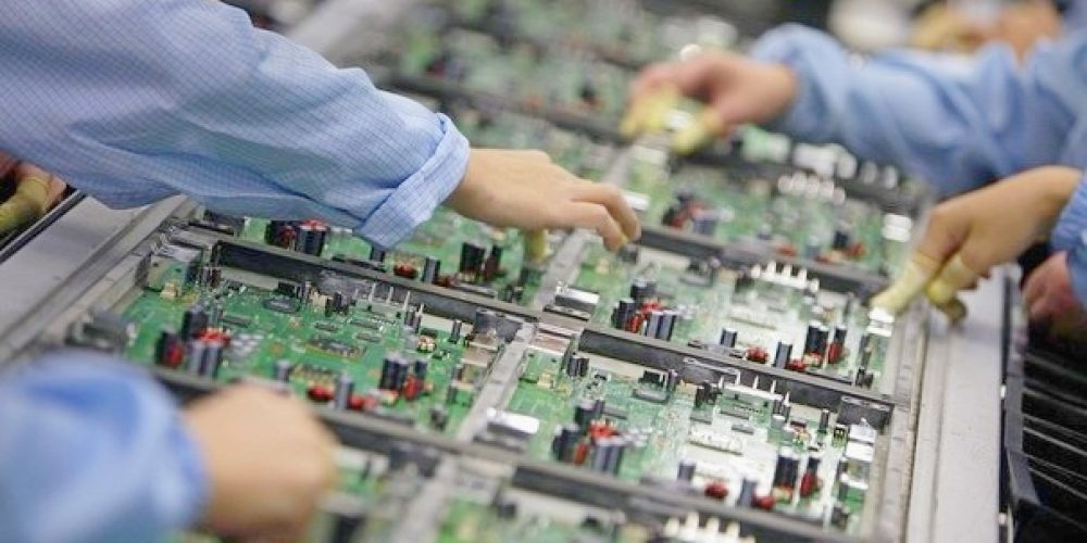 electronics-manufacturing-services2-3379041831.jpg