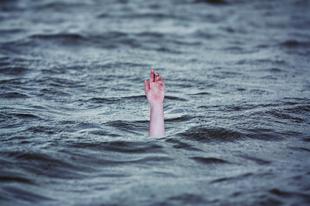 Segítség! Vízi hullát találtam!
