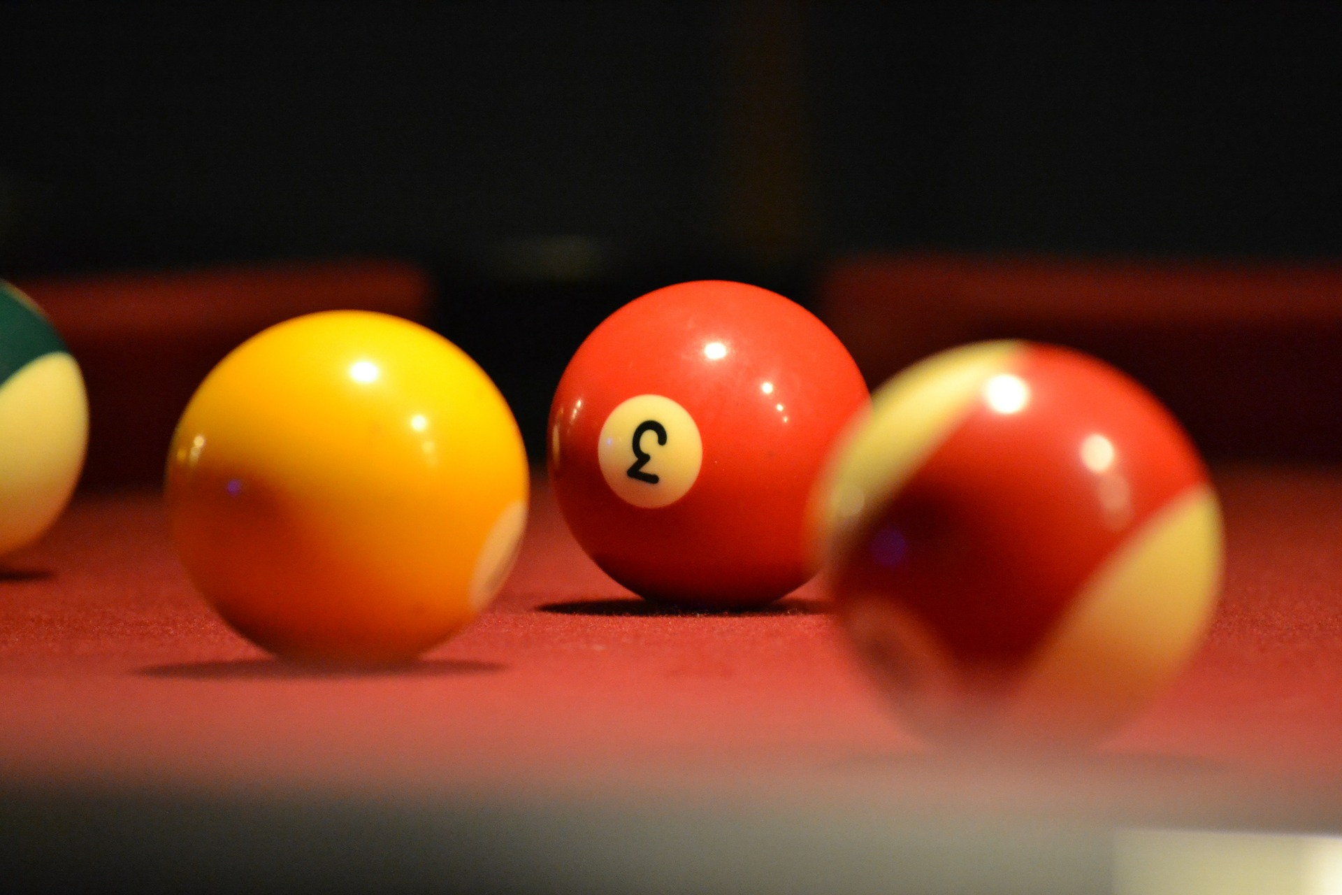 billiards-494659_1920.jpg