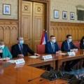 Megállapodás kérdése, legyen-e kétfordulós a miniszterelnök-jelöltek előválasztása 2022-ben