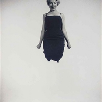 Philippe Halsman: Marilyn Monroe jumping, 1959