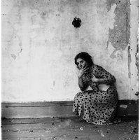 A HÉT FOTÓSA: Francesca Woodman - Válogatás a 22 évet élt világhírű fotográfus aktfelvételeiből (18+)