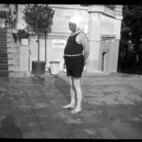 Miniszterek gatyában - Pusztai Sándor úszómester képei 1930-1939