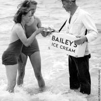 Fotó-kalendárium - Jégkrémárus Brightonban (1939. augusztus 7.)