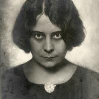 Az első kamerás mobiltelefon, cenzúrázták az ikonikus fotót és a világhírű magyar természetfotós képei