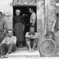 Paul Strand: A Lusetti család, Luzzara (1953)