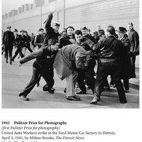Pulitzer-díjas fotók (1942-2012)