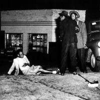 50 éve hunyt el Weegee, a 30-as évek New York-i éjszakai életének megörökítője